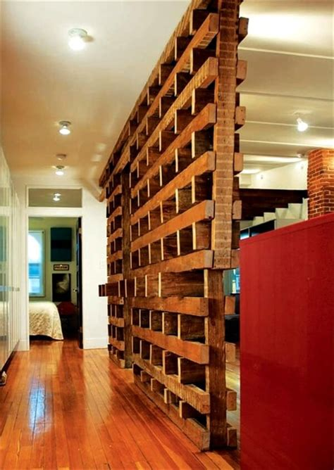 Pallet Room Divider Patetioning Made So Easy Of Pallet Room Divider 101 Pallets
