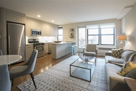 appartments in queens the continental park in elmhurst attracts attention