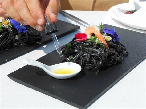 oli essenziali in cucina oli essenziali in cucina la nuova frontiera degli aromi