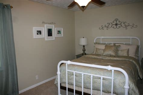 Which Is Better Rooms To Go Or City Furniture - a southern boy and a city master bedroom reveal