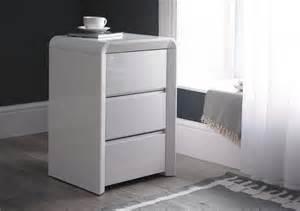 White Gloss Bedside Tables High Gloss 3 Drawer Bedside White Bedside Tables