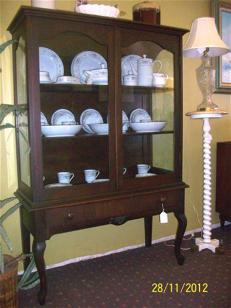 Antique Early 1900's Gettysburg China Cabinet For Sale
