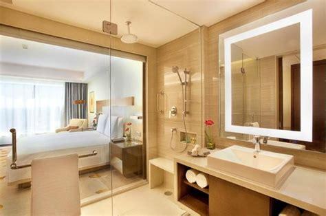 marriott bathrooms courtyard by marriott bhopal deluxe room and bathroom