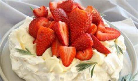 como decorar torta con merengue como decorar tortas con merengue paso a paso