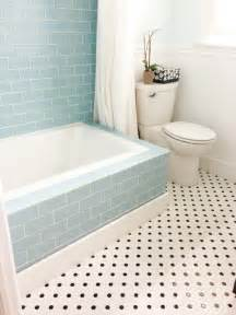 Bathroom Subway Tile by Glass Subway Tile Bathrooms By Subwaytileoutlet Com
