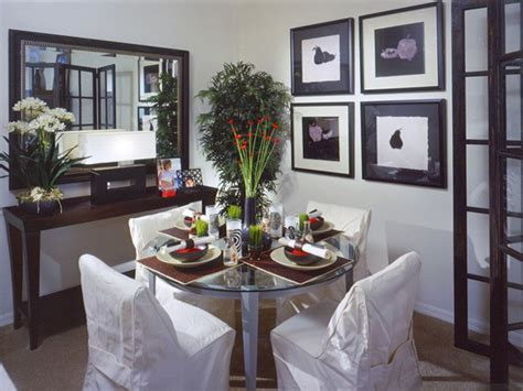 decorate small dining room how to visually enlarge small dining room