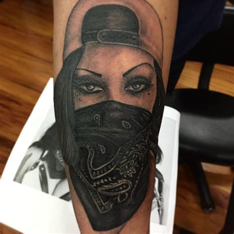 gangster girl tattoo best 25 gangsta tattoos images on