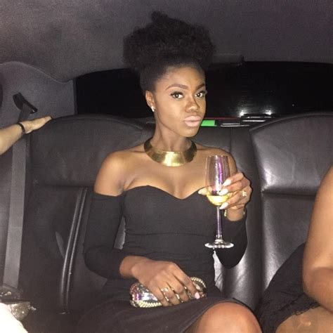 yvonne nelson s hairstyles at the back becca vrs yvonne nelson who rocks the natural hair better