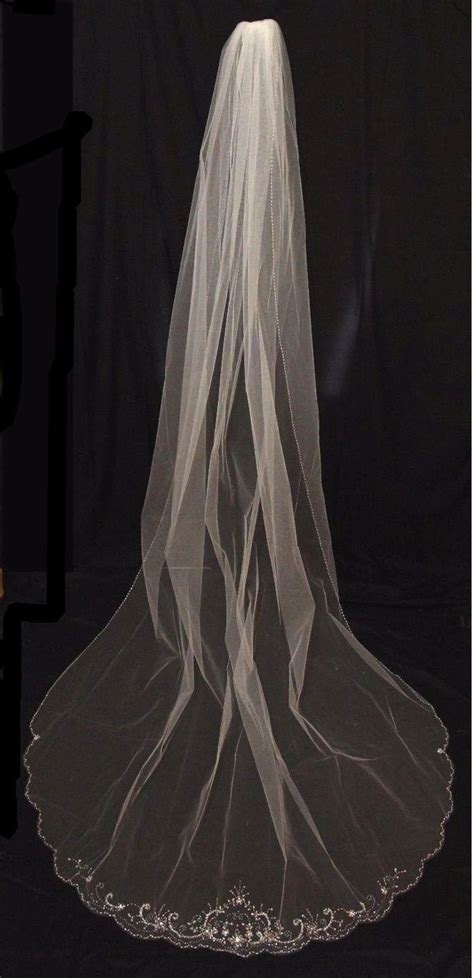 beaded cathedral veil 1000 ideas about cathedral veil hair on