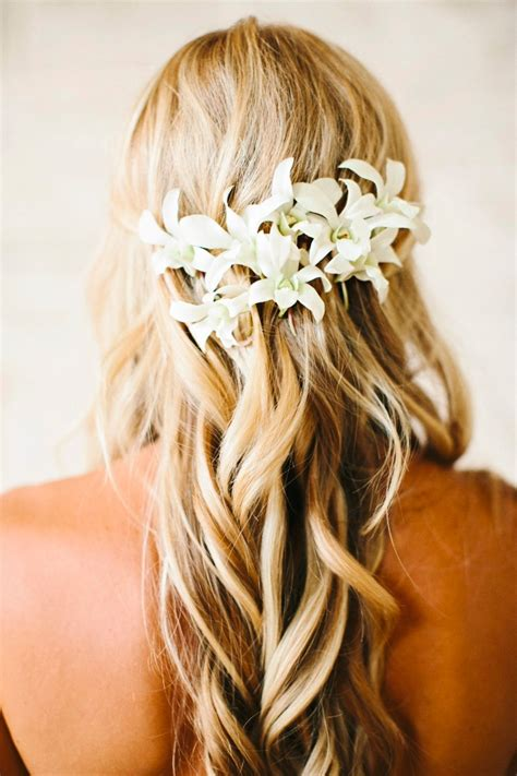 hawaii hairdos beautifully detailed hawaii wedding modwedding