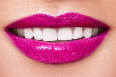 Lipstik Pink Awet which color of lipstick to choose this summer to give your teeth whiter look daily time