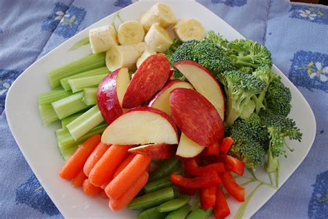 9 Tips To Healthy On Vacation by Eat Your Fruits And Vegetables 9 Tips To Healthy On