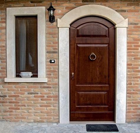 portoncini ingresso legno prezzi portoncini in legno per esterno