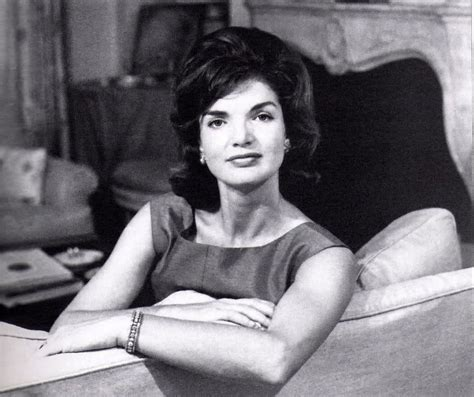 Jackie Kennedy Bouffant | the modern bouffant a trendy new hairstyle hair world