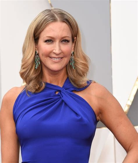 lara spencer lara spencer terrified to undergo hip surgery this weekend extratv