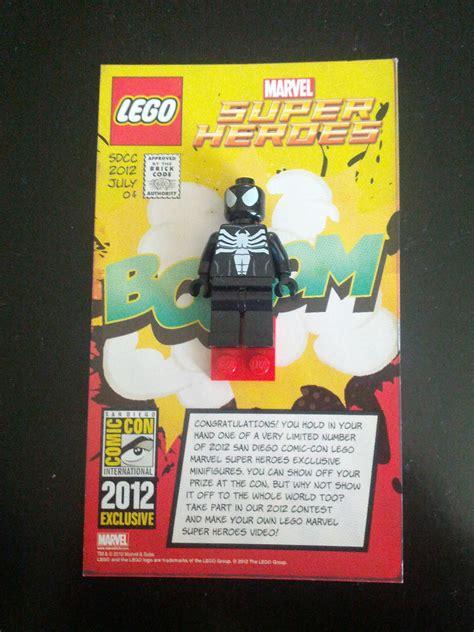 Exklusif Lego Minifigures Panda Suit Limited 2012 sdcc lego minifigs black venom spider ebay