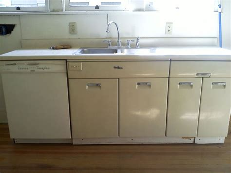 painting old metal kitchen cabinets diy oinkety