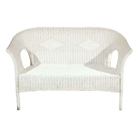 white wicker settee x jpg