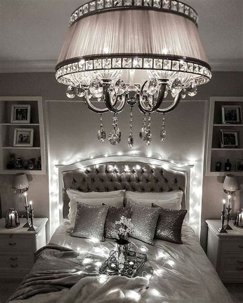 Bedroom Chandelier Lights 25 Best Ideas About Bedroom Chandeliers On