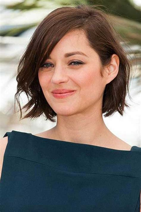 ways to style chin length thin hair 15 unique chin length layered bob short hairstyles 2017