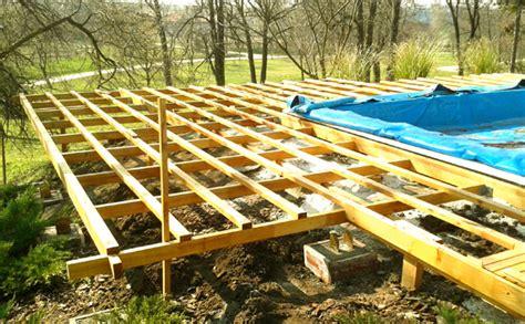 terrasse hoch unterkonstruktion terrasse douglasie terrasse holz