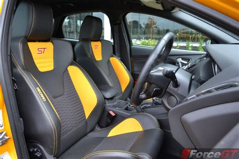 ford focus st seats 2014 ford focus st recaro seats forcegt