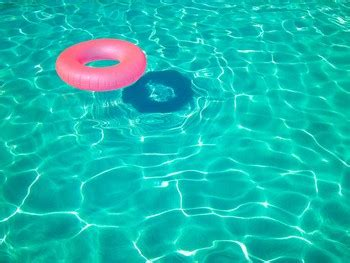 summer sun heat pool parties moda style blog custom signs tips from the signage professionals