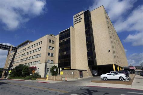 baptist emergency room emergency room wait times at hospitals around san antonio san antonio express news