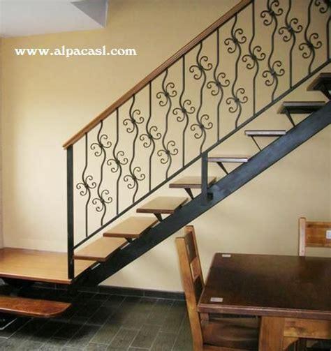 barandilla escalera madera barandilla de forja con pasamanos en madera www alpacasl