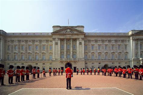 the best places in buckingham palace big buckingham palace calling