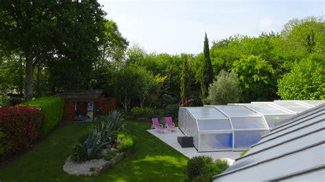 chambre d hotes avec piscine chambre d h 244 tes avec piscine dans le jardin