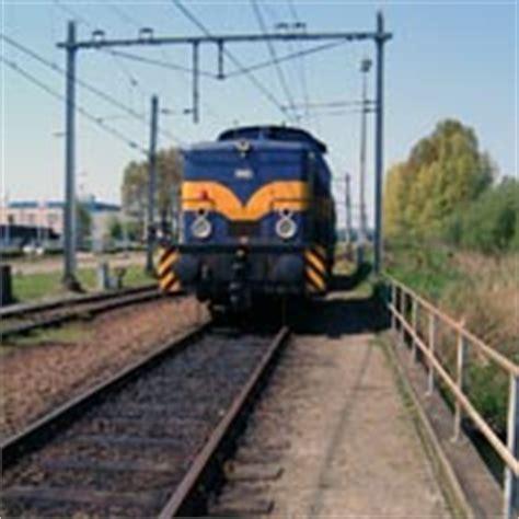 s13 pavia locate triulzi e in arrivo la linea suburbana s13