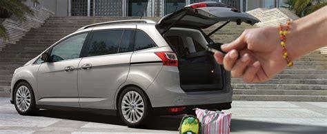 Auto Versicherung Inklusive by Ford Versicherungen Service Ford Bei Ford Autohaus Storz