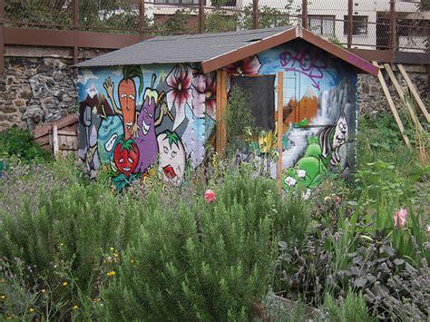 cabanne de jardin photo