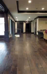 Hardwood Floor Trim 25 Best Ideas About Baseboards On Grey Walls Wood Floors And Grey Walls