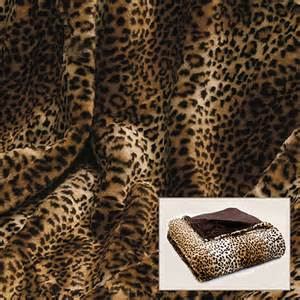 leoparden decke leopard print faux fur throw contemporary throws by