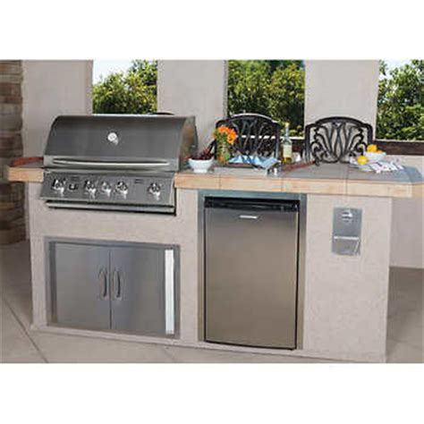 islands 4 burner 8 outdoor kitchen island by bull