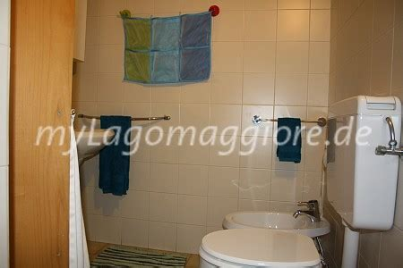 dusch wc mit fön ferienwohnung ghiffa cargiago via rezzotti 1