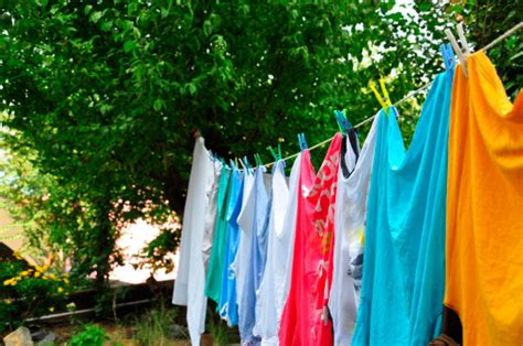 how to get color out of clothes how to remove colour stains from clothes cleanipedia