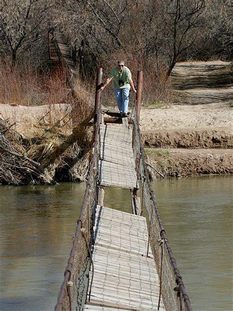 Swinging In Utah 28 Images O Arch Utah Roca Pinterest