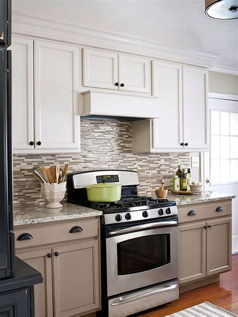 contrasting kitchen cabinets best 25 taupe kitchen cabinets ideas on pinterest