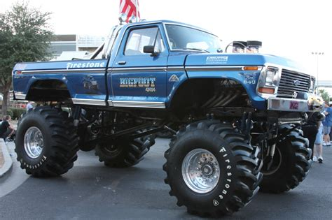 original bigfoot monster truck bigfoot the original monster truck nostalgia