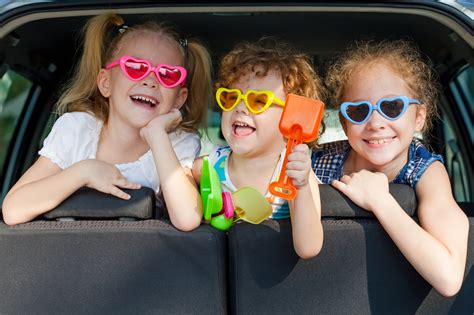 3 Kinder Neues Auto neues kind neues auto herausforderung drei kindersitze