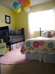 Crib And Toddler Bed In Small Room 5 Cool Bedrooms With A Toddler Bed And A Crib