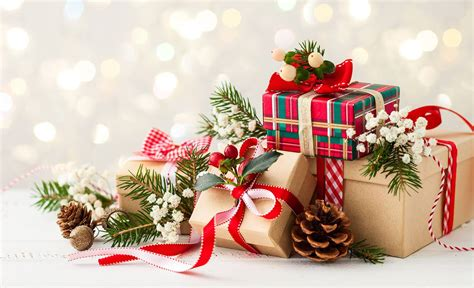 ultimate list  christmas gift ideas  malaysia bloomthis