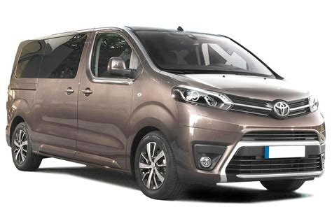 mpv toyota toyota proace verso mpv review carbuyer