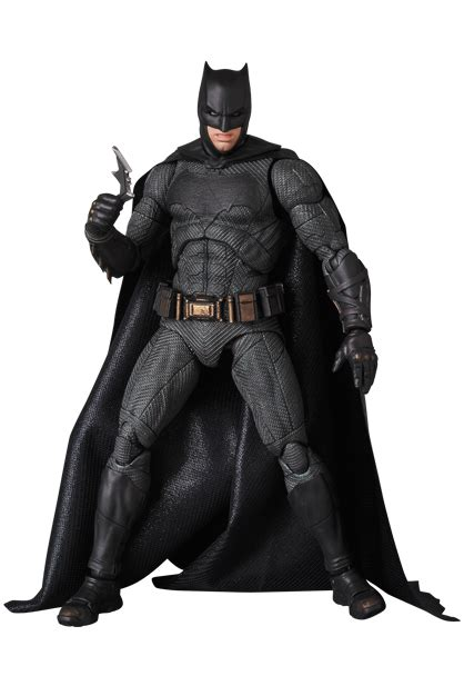 Mafex Batman Of Justice justice league mafex figures actionfiguresdaily