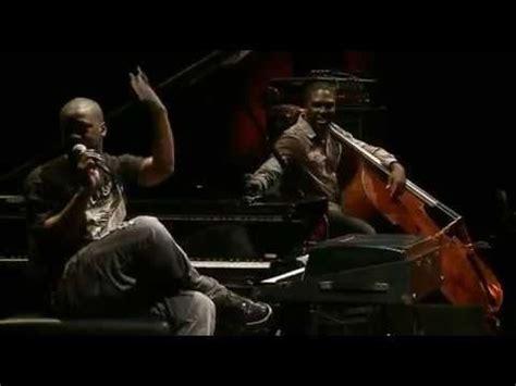 robert glasper village vanguard robert glasper trio live at the village vanguard double