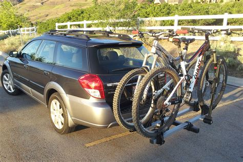 thule xtr  hitch rack blister gear review skis snowboards mountain bikes climbing