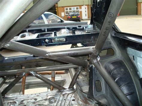 bmw roll cage safety devices bmw 3 series e46 weld in roll cage
